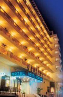 Hotel Fontana en huelga general por impagos de los salarios