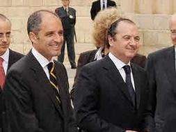 Ripoll declara la ´guerra´ a la dirección regional del PP